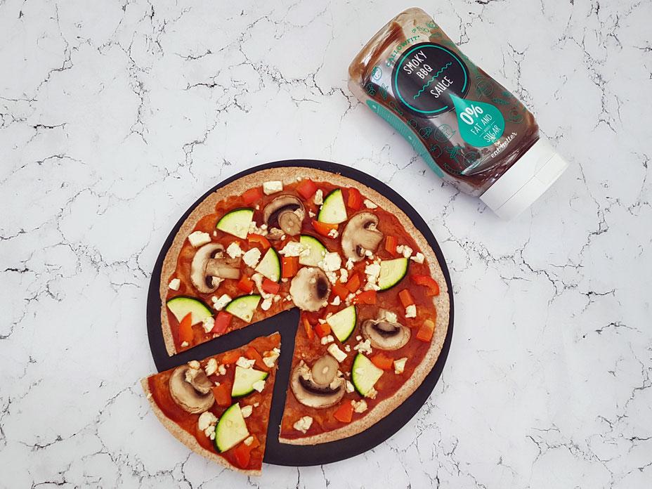 BBQ-veggie pizza
