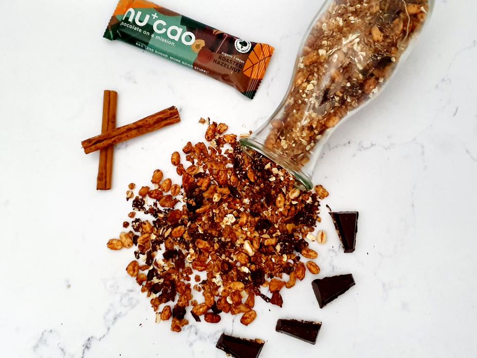 Chocolade granola met walnoten en cranberry