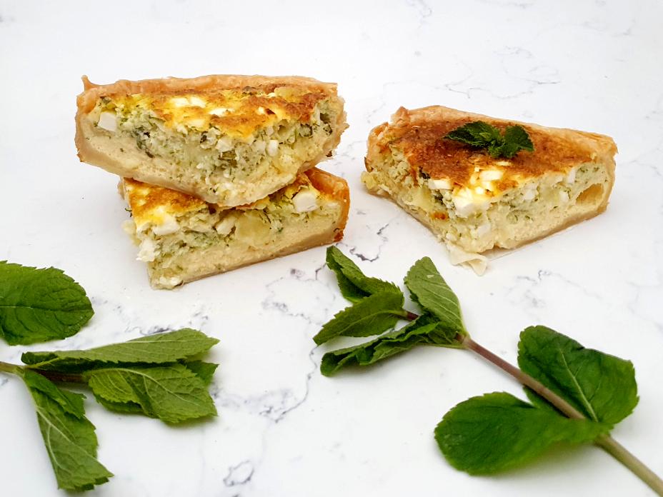 Gezonde quiche met munt en witte kaas